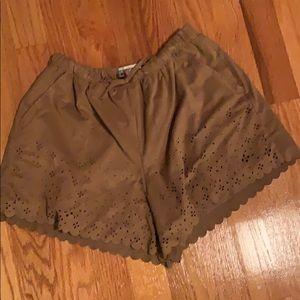 Brown Cute Floral Cutlet Shorts